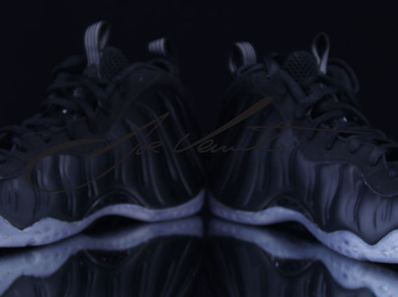 Nike Air Foamposite One Eggplant Black and Varsity Purple ...