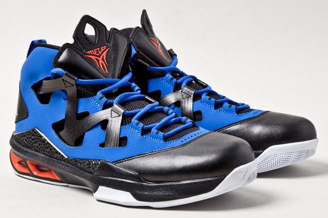 jordan-melo-m9-blue-orange-blk-pair-1
