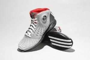 adidas rose 35 5 300x200 ADIDAS ROSE 3.5 / 沿襲優異性能 踝部保護再昇級