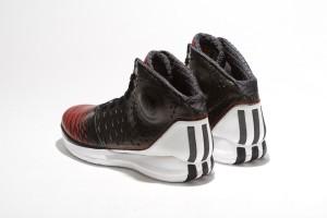 adidas rose 35 6 300x200 ADIDAS ROSE 3.5 / 沿襲優異性能 踝部保護再昇級