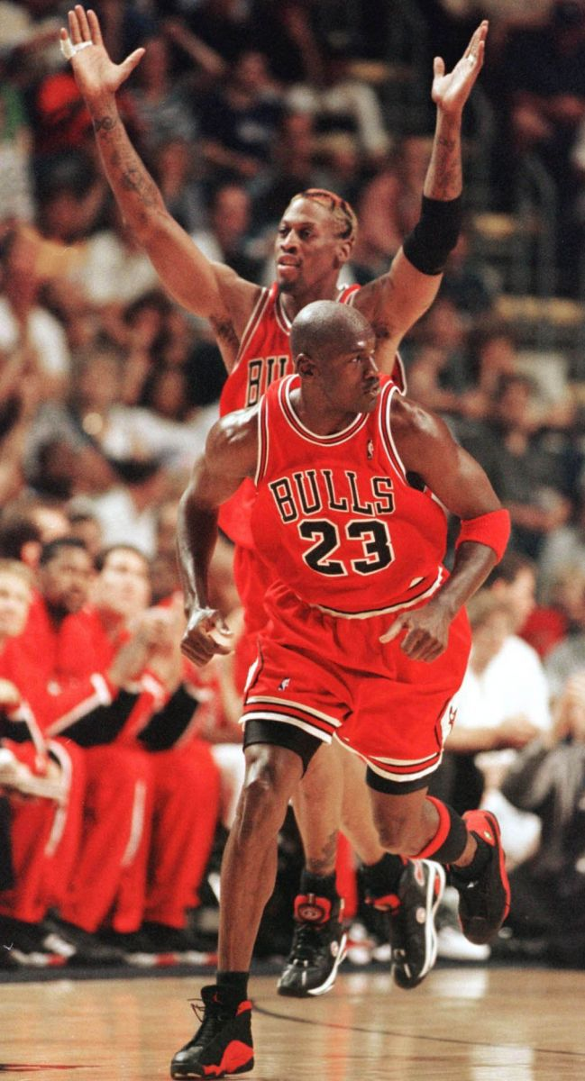 1996 Raging Bulls NBA Champs 72 Win Commemorative Edition Book Michael Jordan MJ