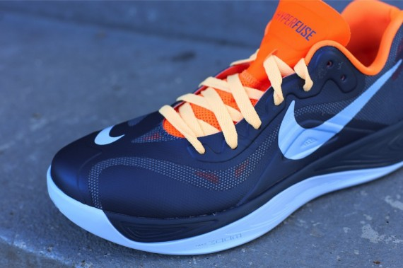 nike-zoom-hyperfuse-2012-low-squadron-blue-ice-blue-total-orange