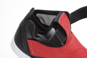 puma 8 300x200 PUMA ELY FUTURE / 前衛鞋身結構 打造足下新風貌
