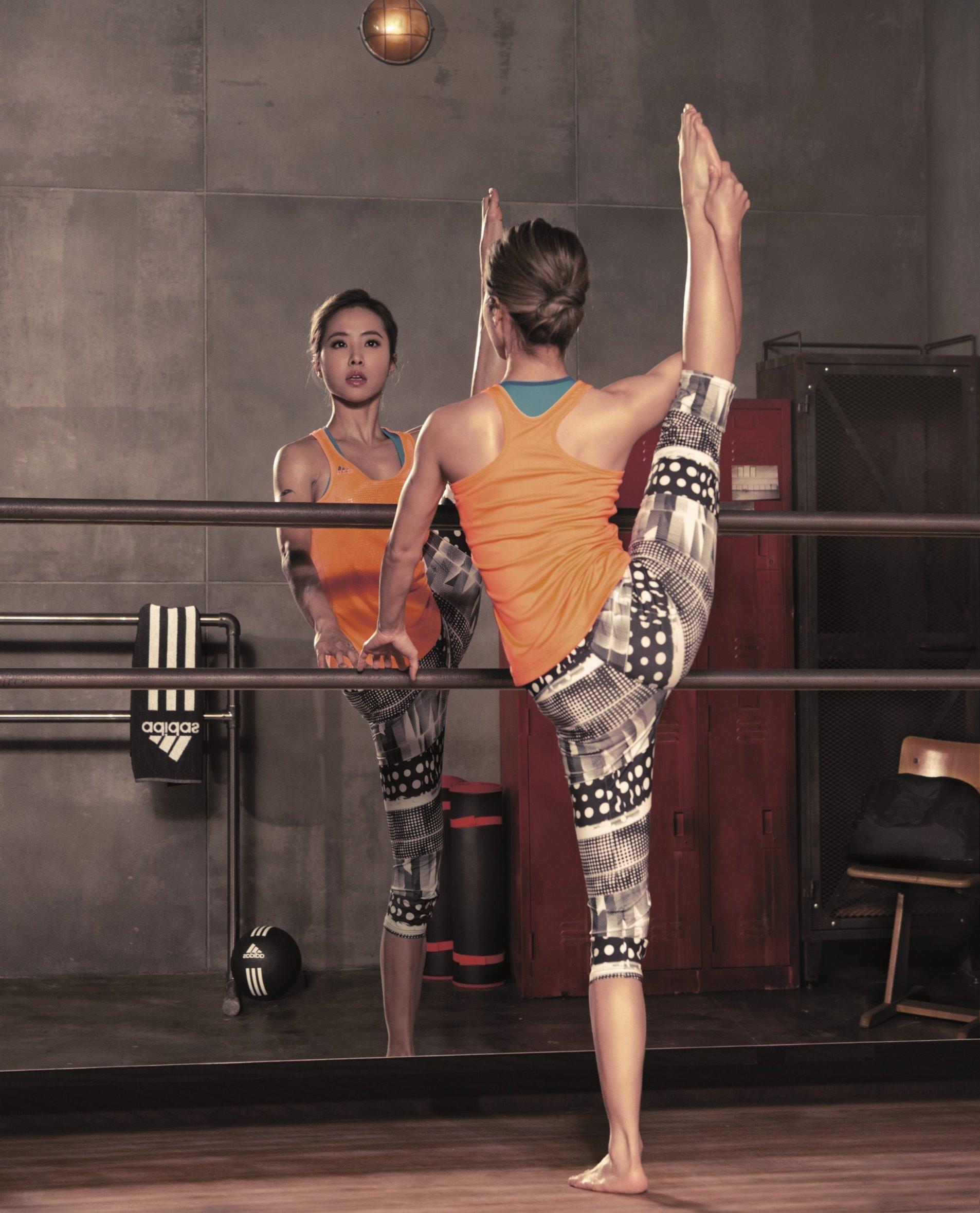 adidas women width=