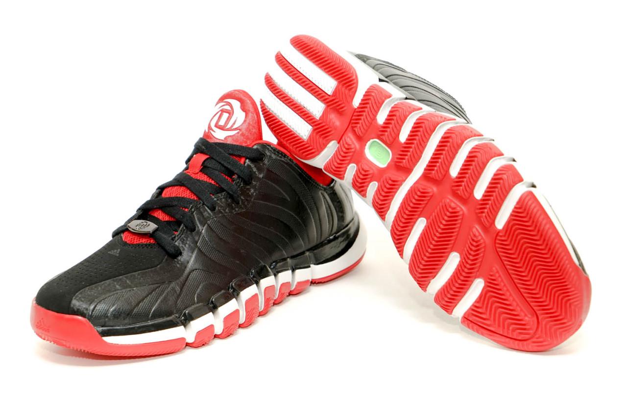 ADIDAS ENGLEWOOD 2 / 流線外型呈現當代低筒籃球鞋文化