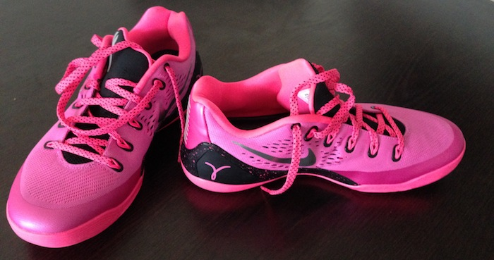 pretty nice 7c902 b1a0c ... Nike-Kobe-9-EM-Kay-Yow-2 .