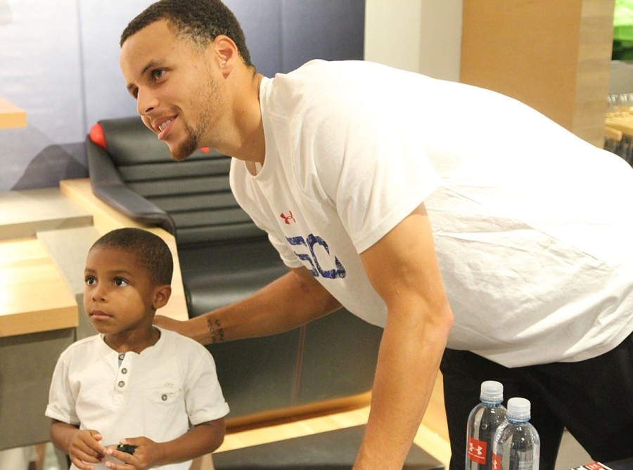 steph-curry-under-armour-soho-04