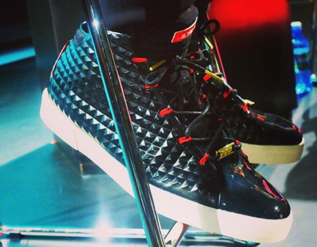 Nike-LeBrone-12-Lifestyle