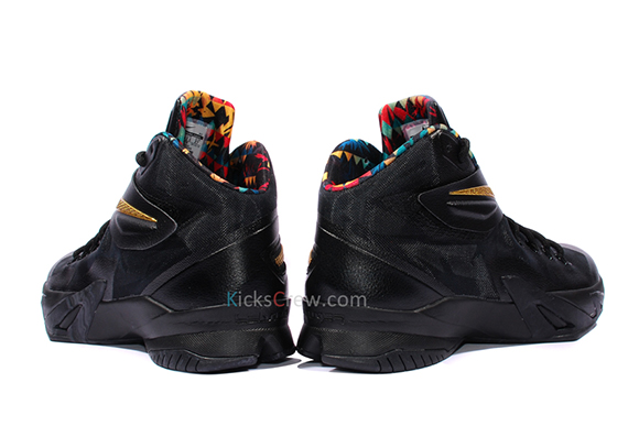 nike-zoom-soldier-8-watch-the-throne-3
