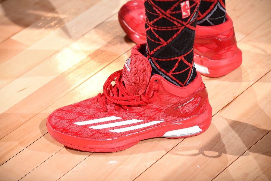 wholesale dealer fb701 c4946 jeff-teague-adidas-crazylight-boost-red-02