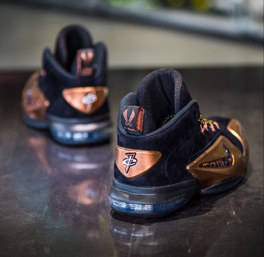 nike-air-penny-6-copper-release-date-04