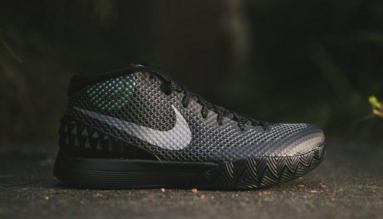 Nike-KYRIE-1-Driveaway-1