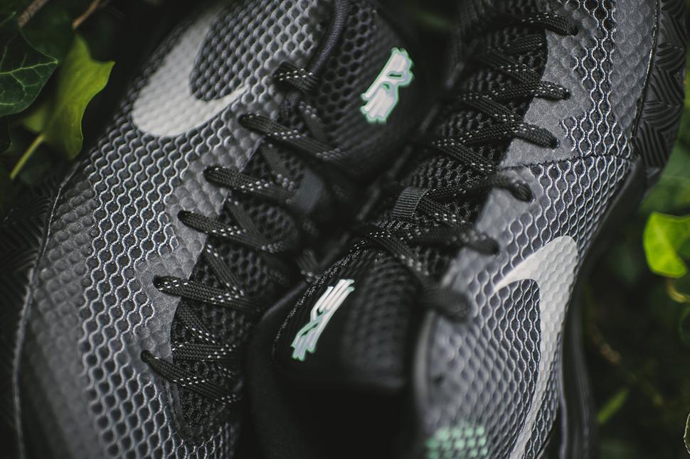 Nike-KYRIE-1-Driveaway-4