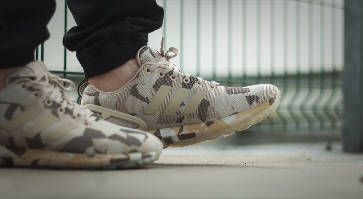 premium selection 41439 b941a afew-store-sneaker-adidas-zx-flux-camo-clear-
