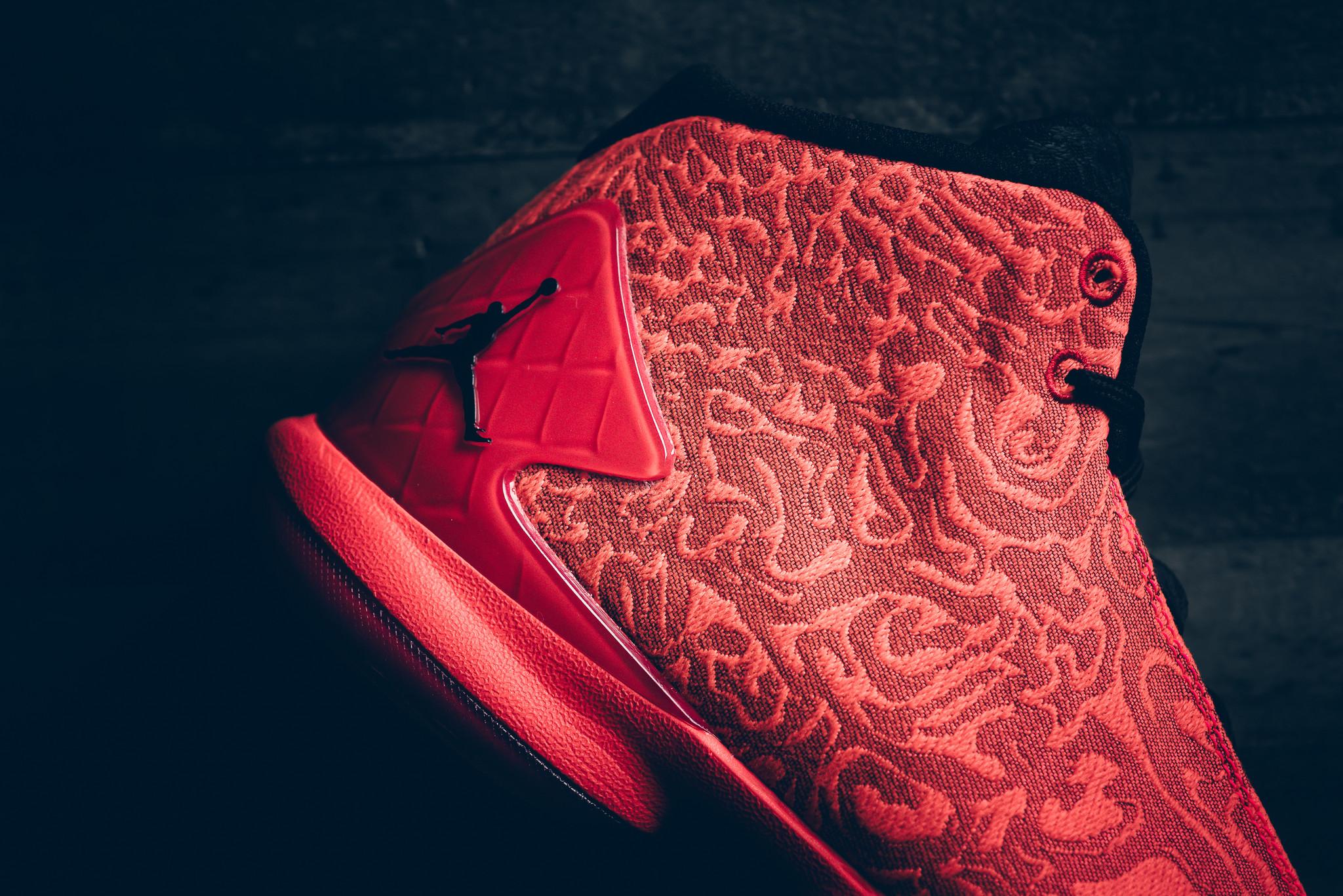 Air_Jordan_Super.Fly_4_LCRD_Sneaker_Politics_Hypebeast_4-2