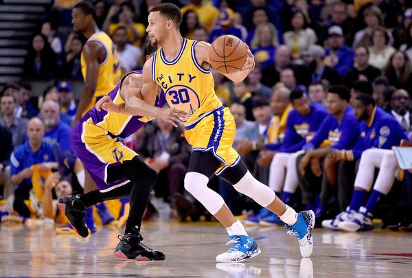 Stephen+Curry+Los+Angeles+Lakers+v+Golden+r48M0Mc5GtSl