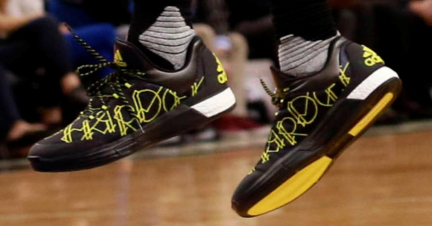 james-harden-adidas-crazylight-boost-2015-black-yellow-signature-pe ... bcc9405cb