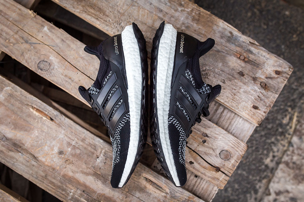 ultra-boost-reflective-black-3