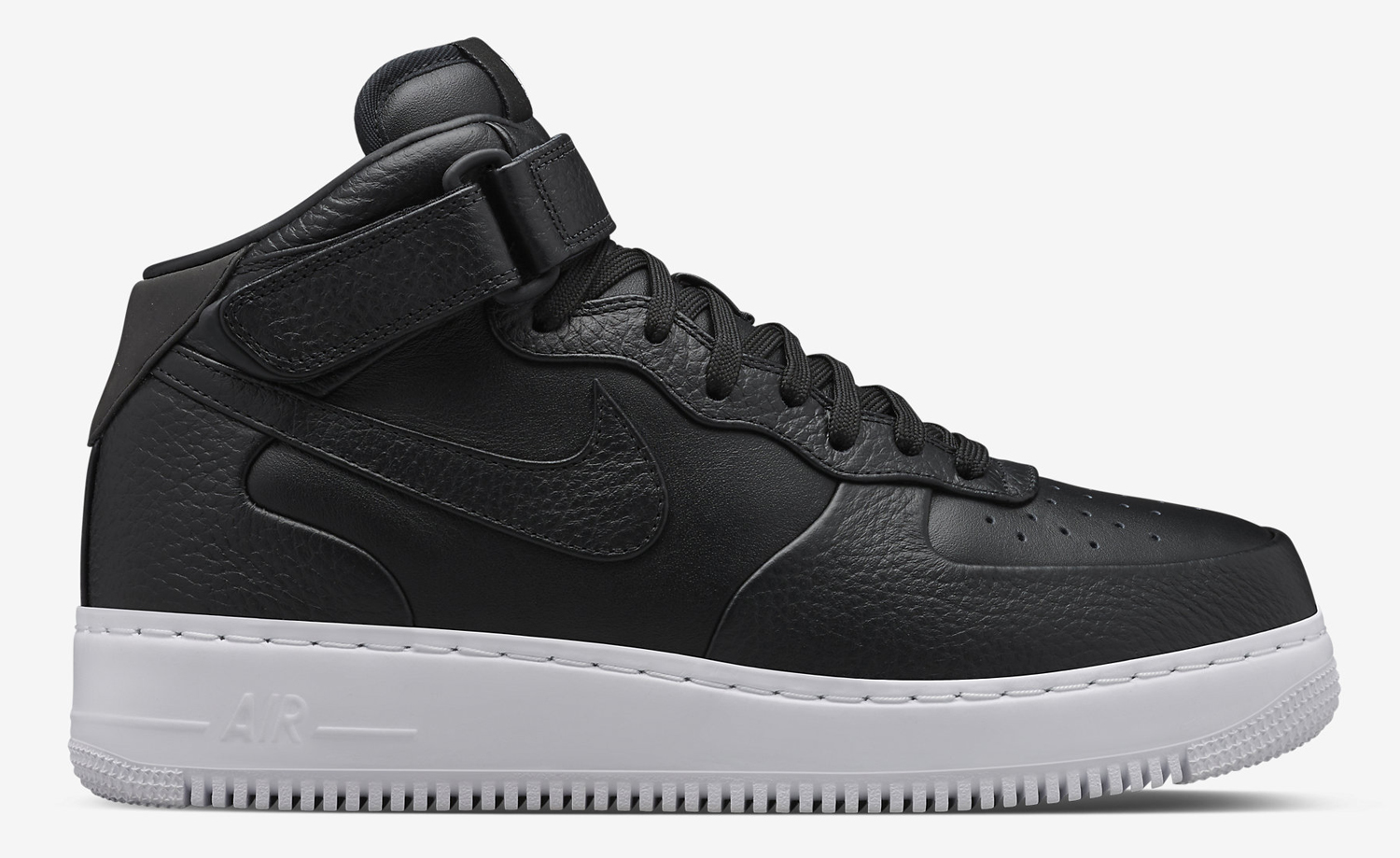 nikelab-air-force-1-mid-black-06