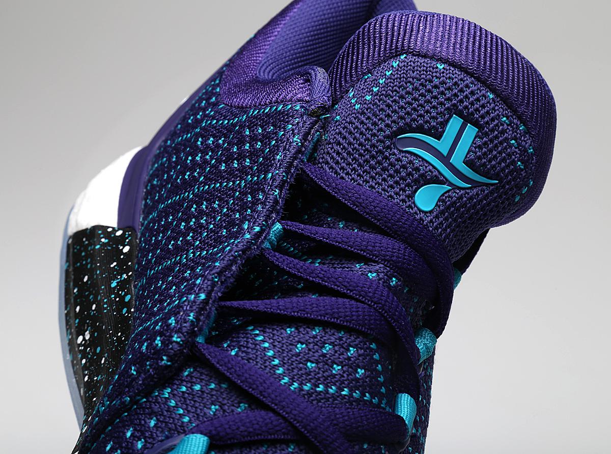 Jeremy-Lin-adidas-Crazylight-Boost_2-5-Away-5
