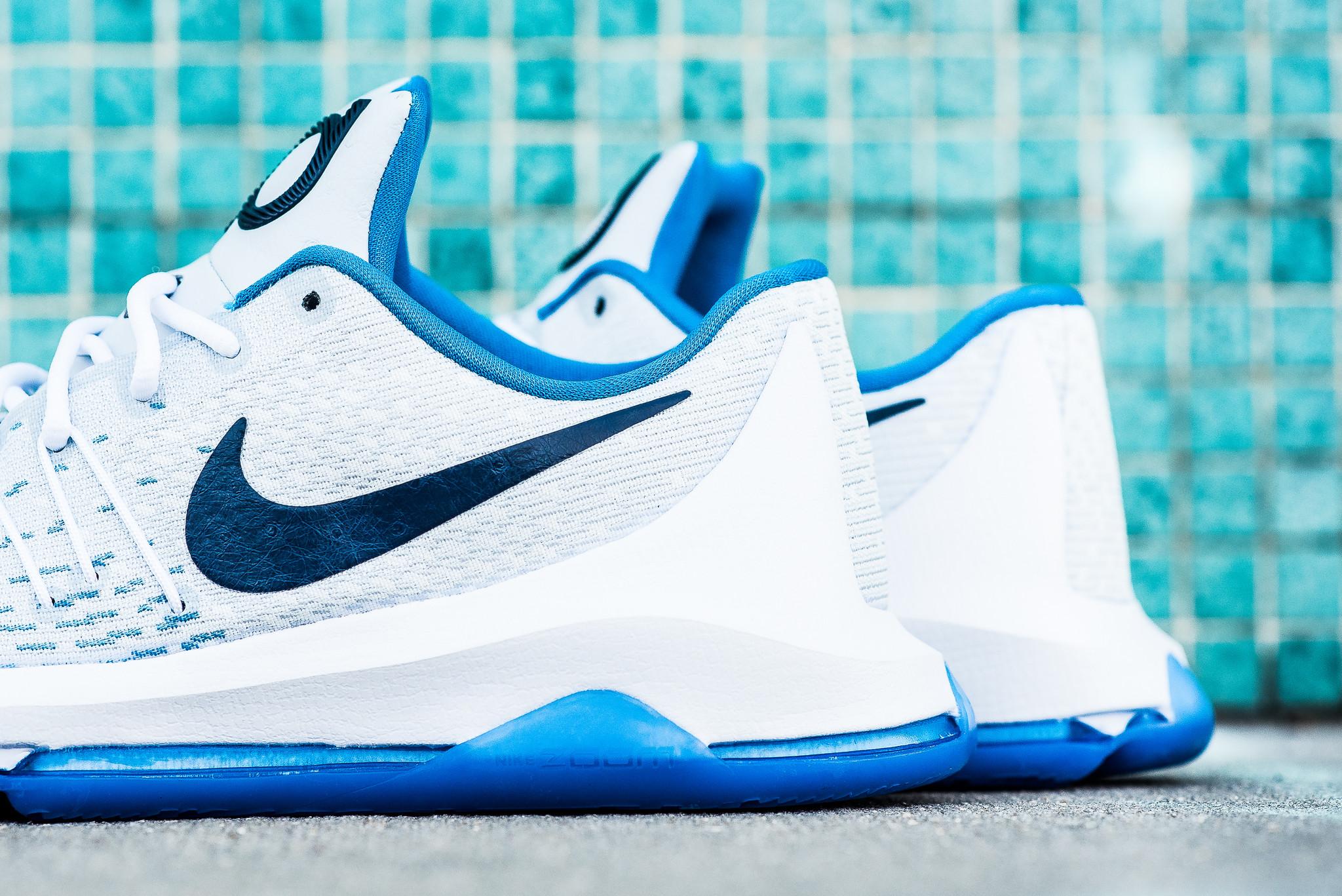 Nike_KD_8_White_Blue_Royal_Sneaker_Politics_Hypebeast_3_17d0558e-1698-4160-b134-6a6aef58f627