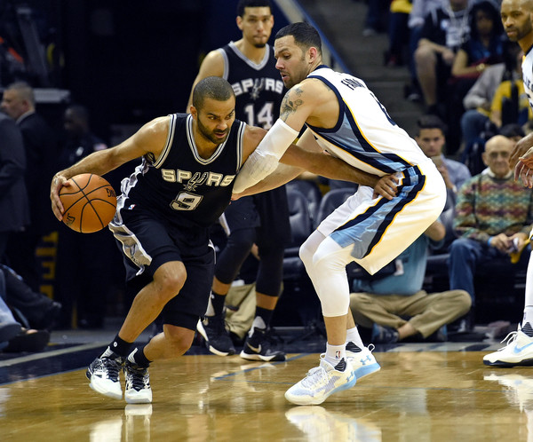 San+Antonio+Spurs+v+Memphis+Grizzlies+Game+InuSQzUHrzql