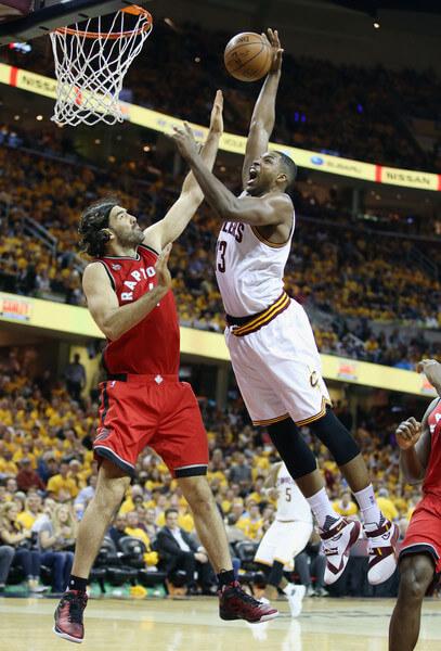 Toronto+Raptors+v+Cleveland+Cavaliers+Game+TvVkid1DSzAl