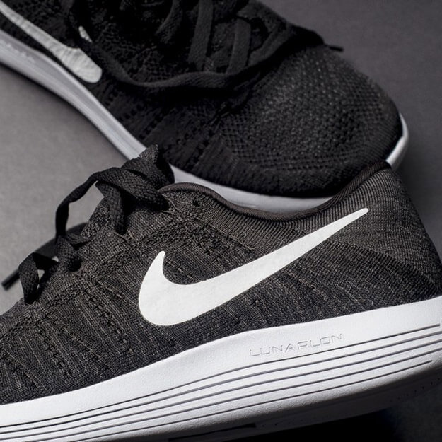 Nike-LunarEpic-Flyknit-Low-2