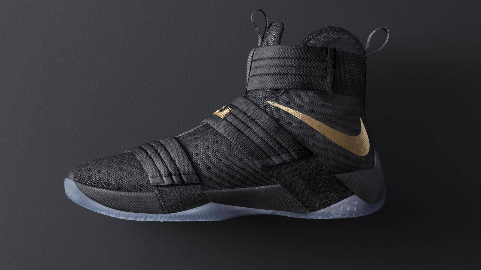 Playoffs_Lebron_Soldier10_Blk_6_hd_1600