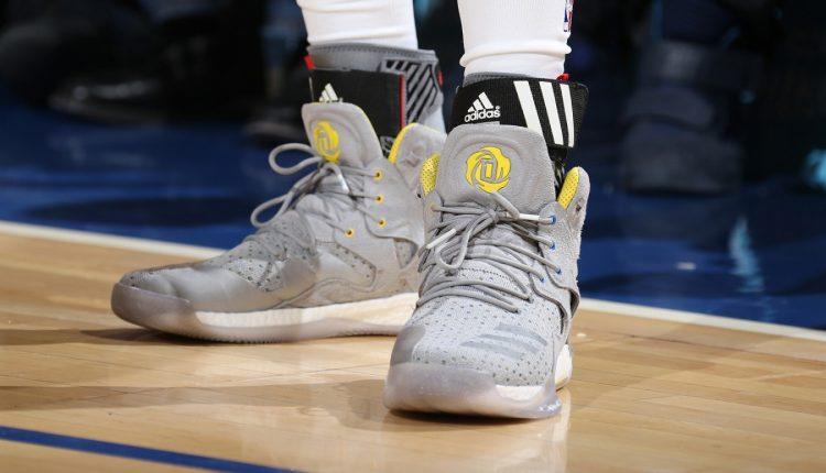 選手實著 / 回憶滿載 Derrick Rose 著用靈感源自高中母校的 Sneakersnstuff x adidas Consortium D Rose 7 PK