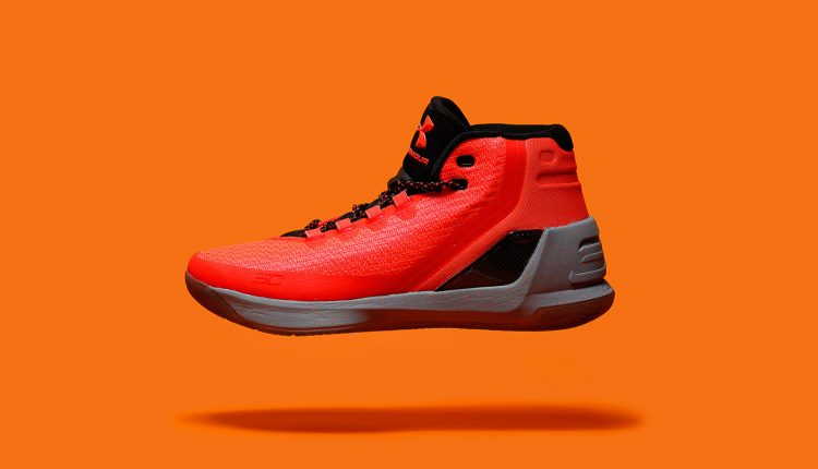 上市速報 / Under Armour Curry 3 'Red Hot Santa' 販售店點整理