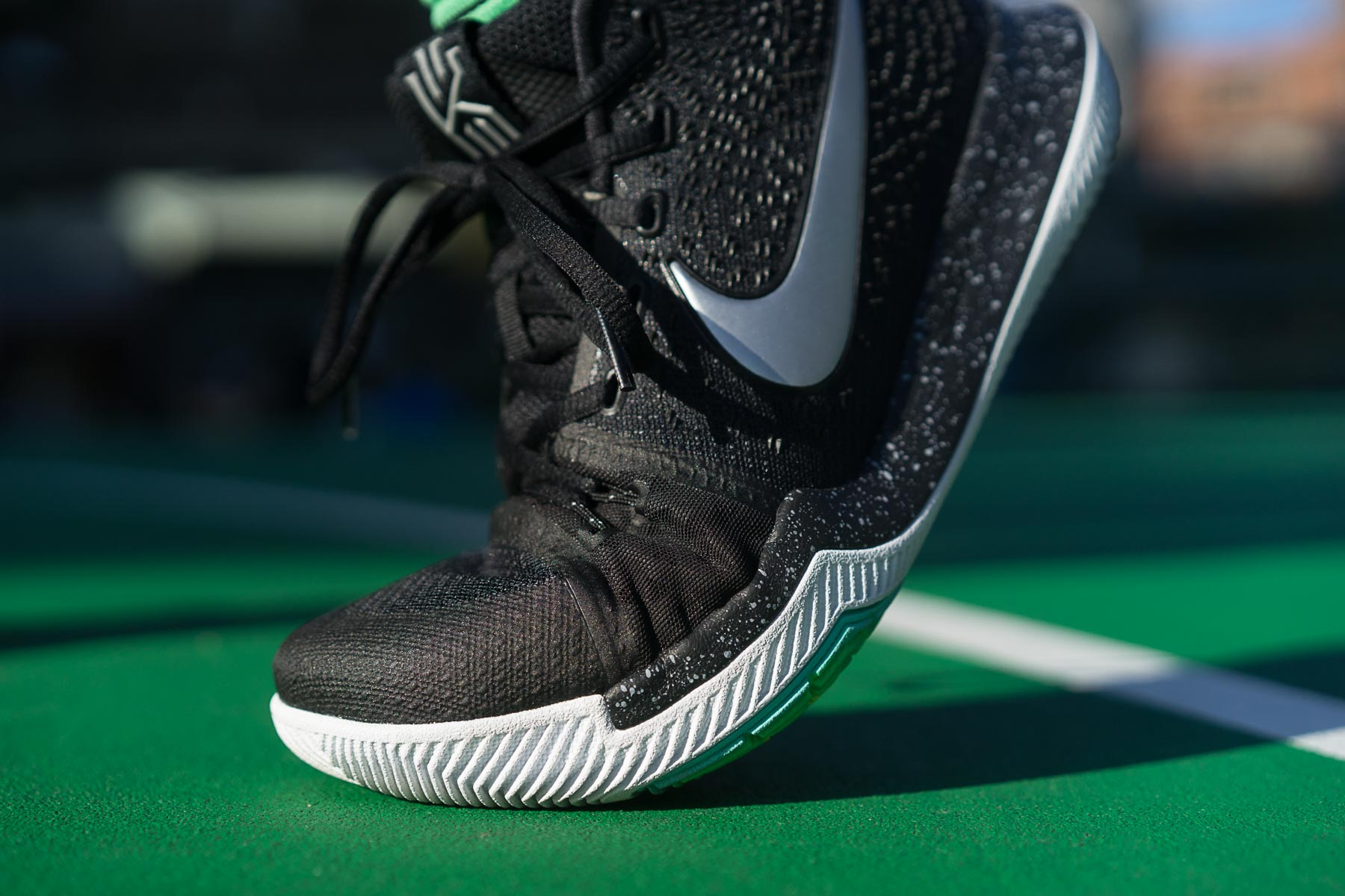 Return to quot nike kyrie 3