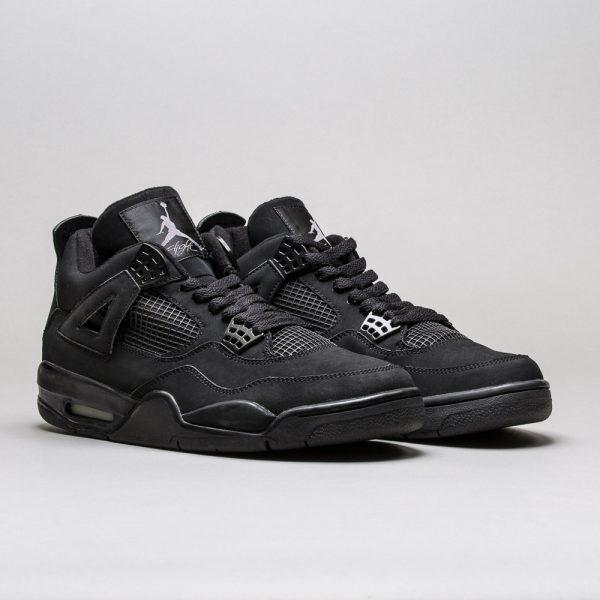 Air-Jordan-4-Retro-Black-Cat-1