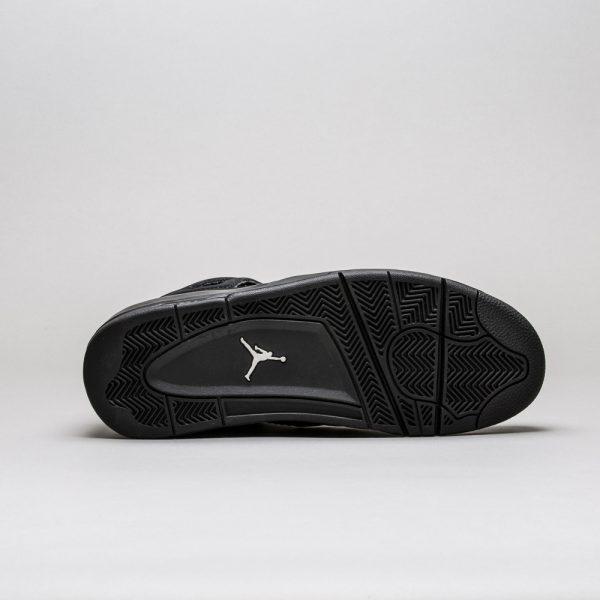 Air-Jordan-4-Retro-Black-Cat-3