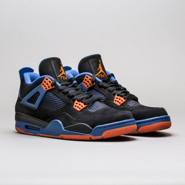 Air-Jordan-4-Retro-Cavs-2
