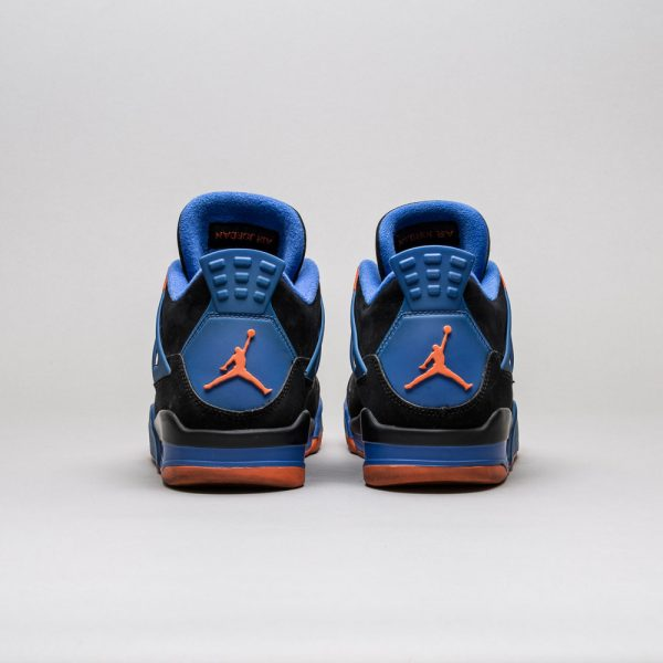 Air-Jordan-4-Retro-Cavs-3