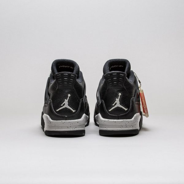 Air-Jordan-4-Retro-LS-Oreo-3