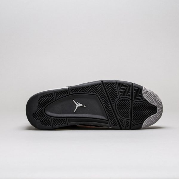 Air-Jordan-4-Retro-LS-Oreo-4