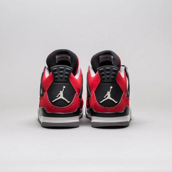 Air-Jordan-4-Retro-Toro-Bravo-1