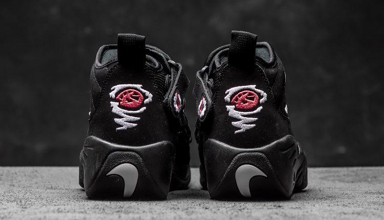 Nike_Air_Shake_Ndestrukt_black_white_sneaker_politics_hypebeast_3