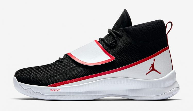 jordan-superfly-5-po-881571-001-black-white-gym-red-2