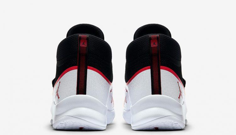 jordan-superfly-5-po-881571-001-black-white-gym-red-5