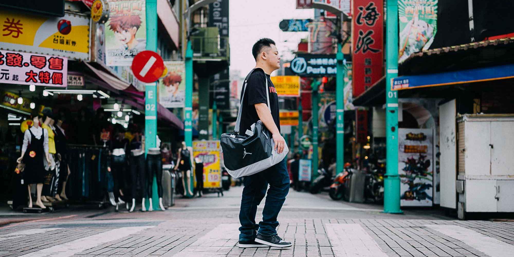 2017-air-jordan-4-carter-taiwan-sneakers-collector-interview-8