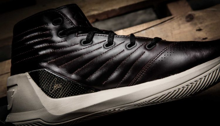 under armour-curry lux-7
