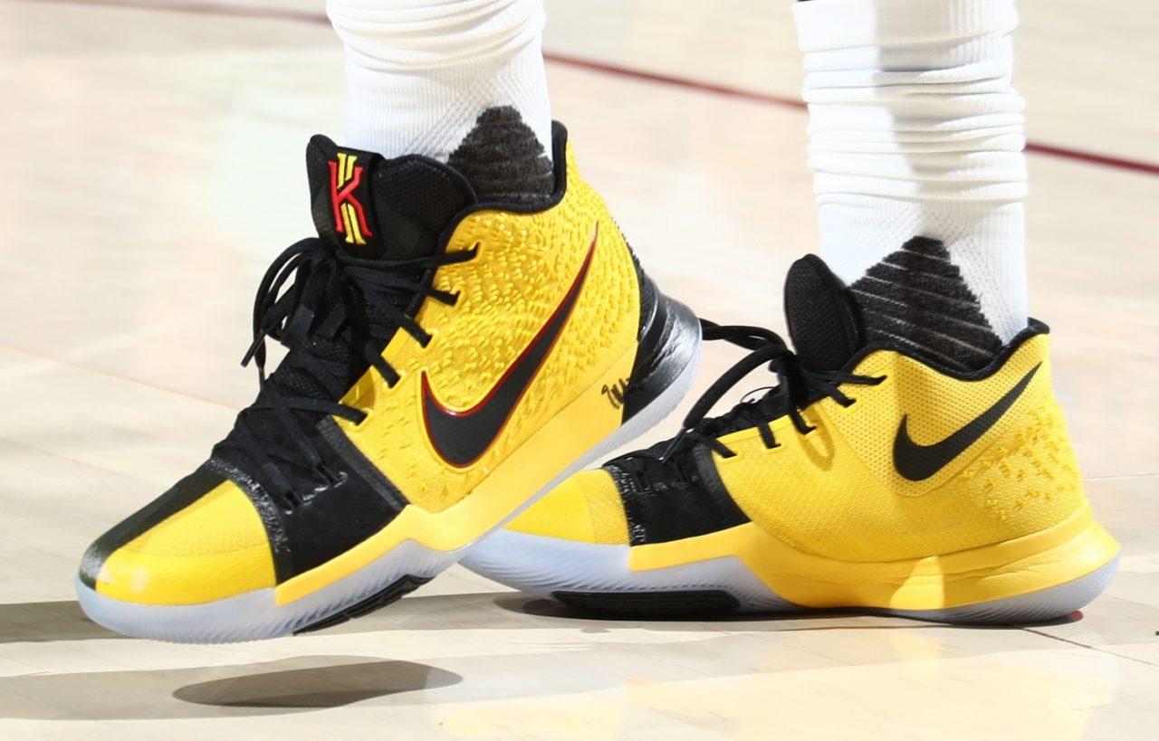 the best attitude fc02e 6d5d7 Irving 親自分享Nike Kyrie 3 x Kobe 'Bruce Lee' 特別版/ 對 ...
