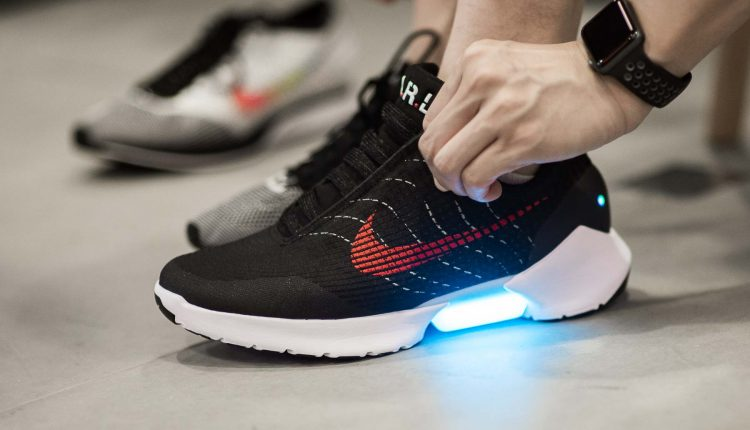 nike-hyperadapt-new color first look-4