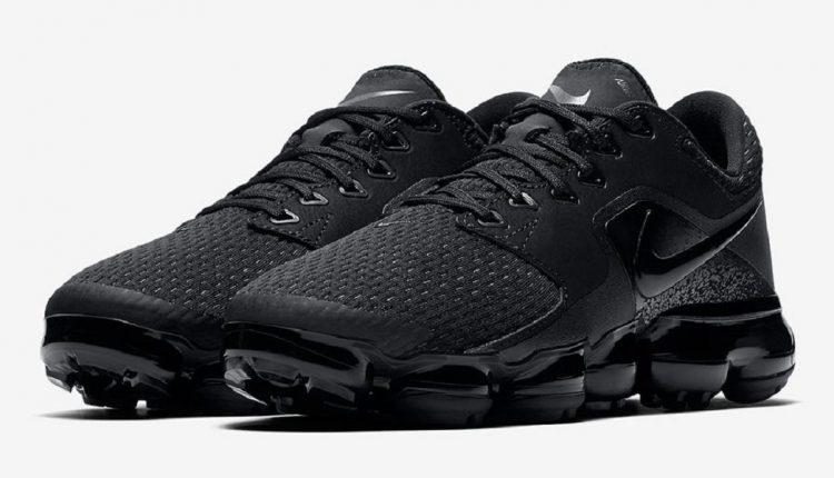 Nike-Air-VaporMax-CS-Triple-Black-image