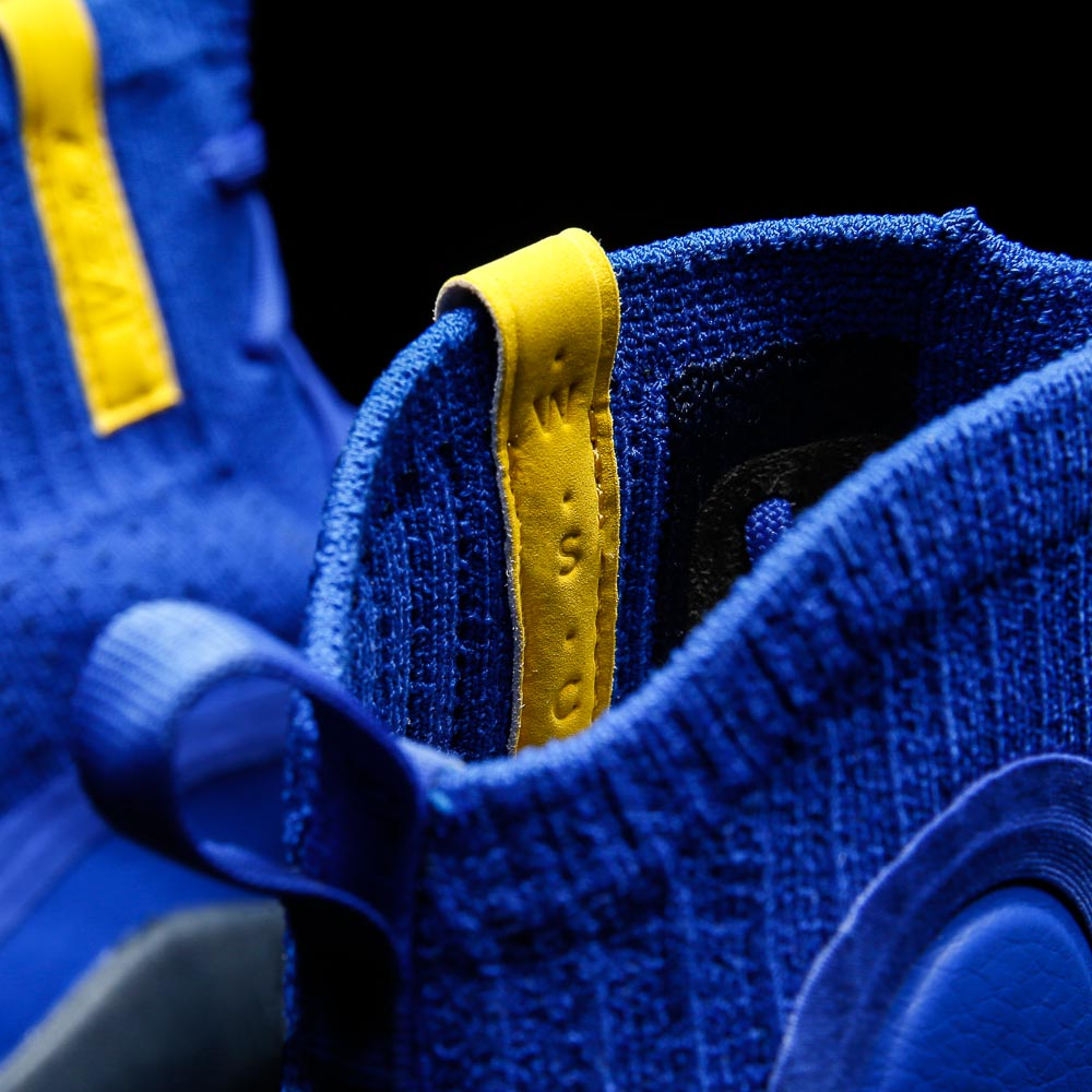 under armour-curry 4-more fun-22