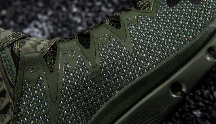 under-armour-project-rock-highlight-delta-new-colorways (9)