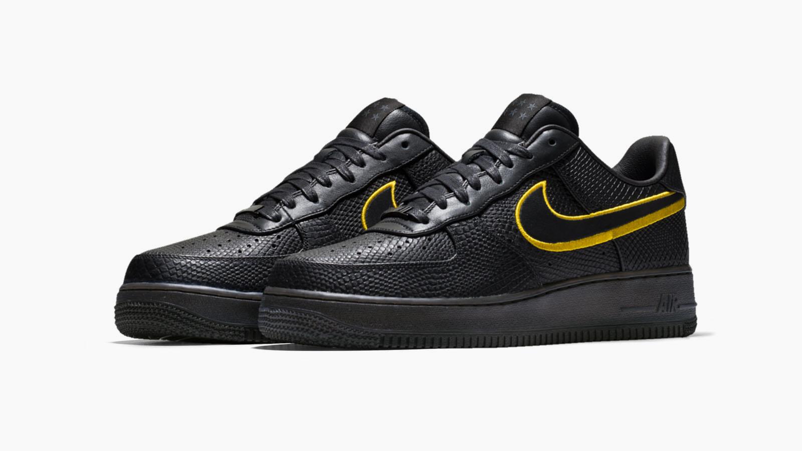 new arrival 28b79 36845 致敬黑曼巴 Nike Kobe Bryant Black Mamba Air Force 1 披上雙背號登場– KENLU.net